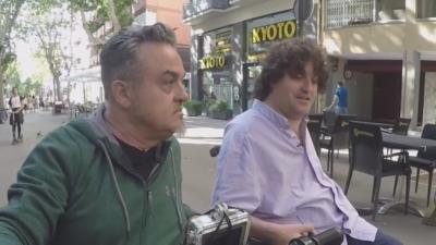 Xavier Duacastilla y Antonio Centeno paseando por Barcelona